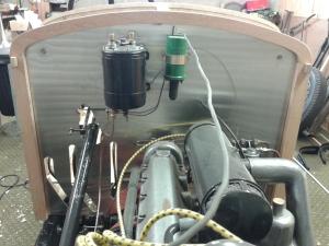 Bonnet support frame