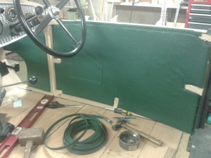 Offside interior panel